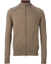 brauner Pullover mit einem Reißverschluß