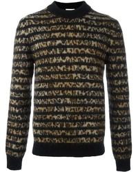 brauner Pullover mit einem Rundhalsausschnitt mit Leopardenmuster