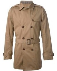 brauner Trenchcoat