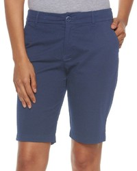 dunkelblaue Bermuda-Shorts