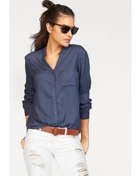dunkelblaue Bluse mit Knöpfen von AJC