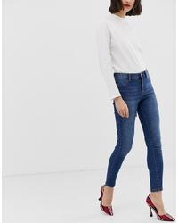 dunkelblaue enge Jeans von Mango
