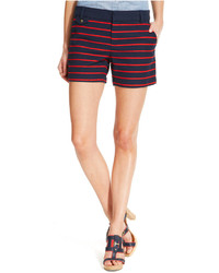 dunkelblaue horizontal gestreifte Shorts