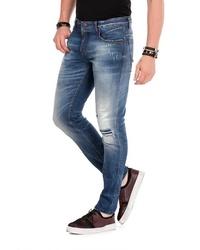 dunkelblaue Jeans mit Destroyed-Effekten von Cipo & Baxx