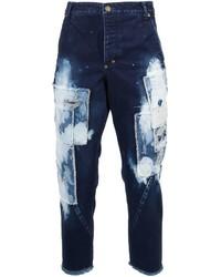 dunkelblaue Jeans mit Flicken