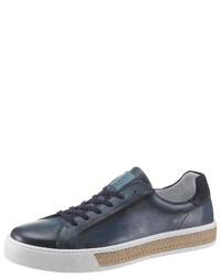 dunkelblaue niedrige Sneakers von Guido Maria Kretschmer