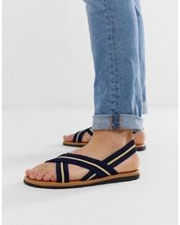 dunkelblaue Sandalen von ASOS DESIGN