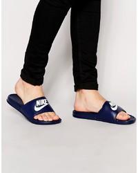 dunkelblaue Sandalen von Nike