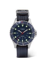 dunkelblaue Segeltuchuhr von Timex