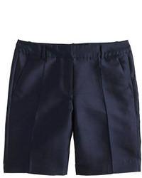 dunkelblaue Shorts