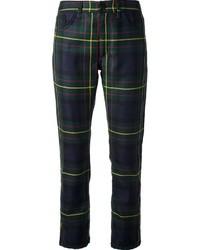 dunkelblaue und grüne enge Hose mit Schottenmuster