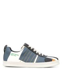 dunkelblaue und weiße Segeltuch niedrige Sneakers von Camper