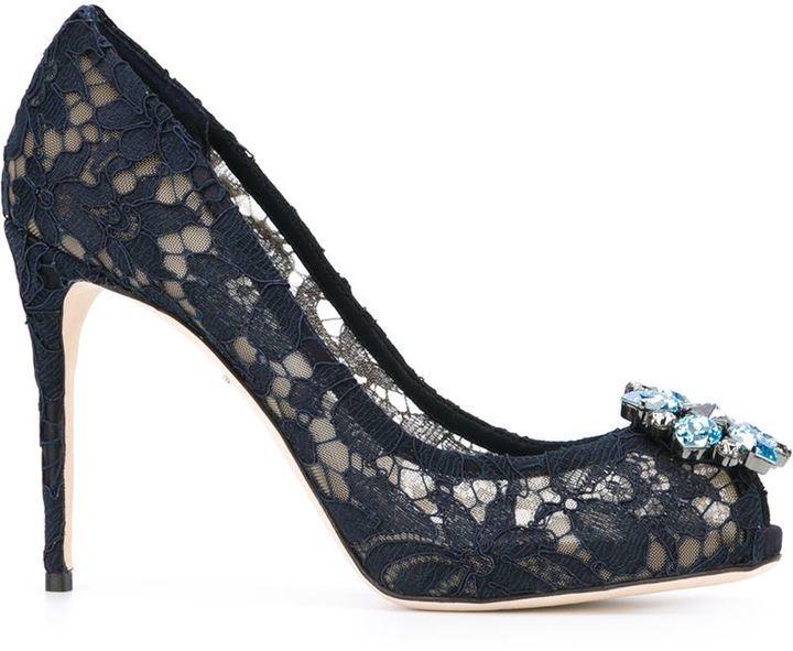 82a4be0128946a ... dunkelblaue verzierte Spitze Pumps von Dolce   Gabbana