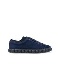 dunkelblaue Wildleder niedrige Sneakers von Stuart Weitzman