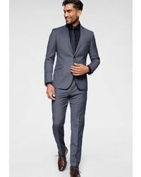 dunkelblauer Anzug von Strellson