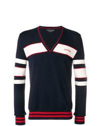dunkelblauer bedruckter Pullover mit einem V-Ausschnitt