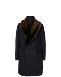 dunkelblauer Mantel mit einem Pelzkragen von Tagliatore