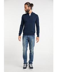 dunkelblauer Pullover mit einem Reißverschluss am Kragen von Dreimaster