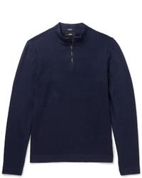 dunkelblauer Pullover mit einem Reißverschluss am Kragen von Hugo Boss