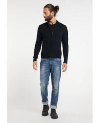 dunkelblauer Pullover mit einem Reißverschluß von Dreimaster