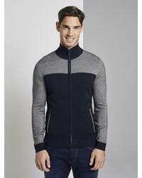 dunkelblauer Pullover mit einem Reißverschluß von Tom Tailor