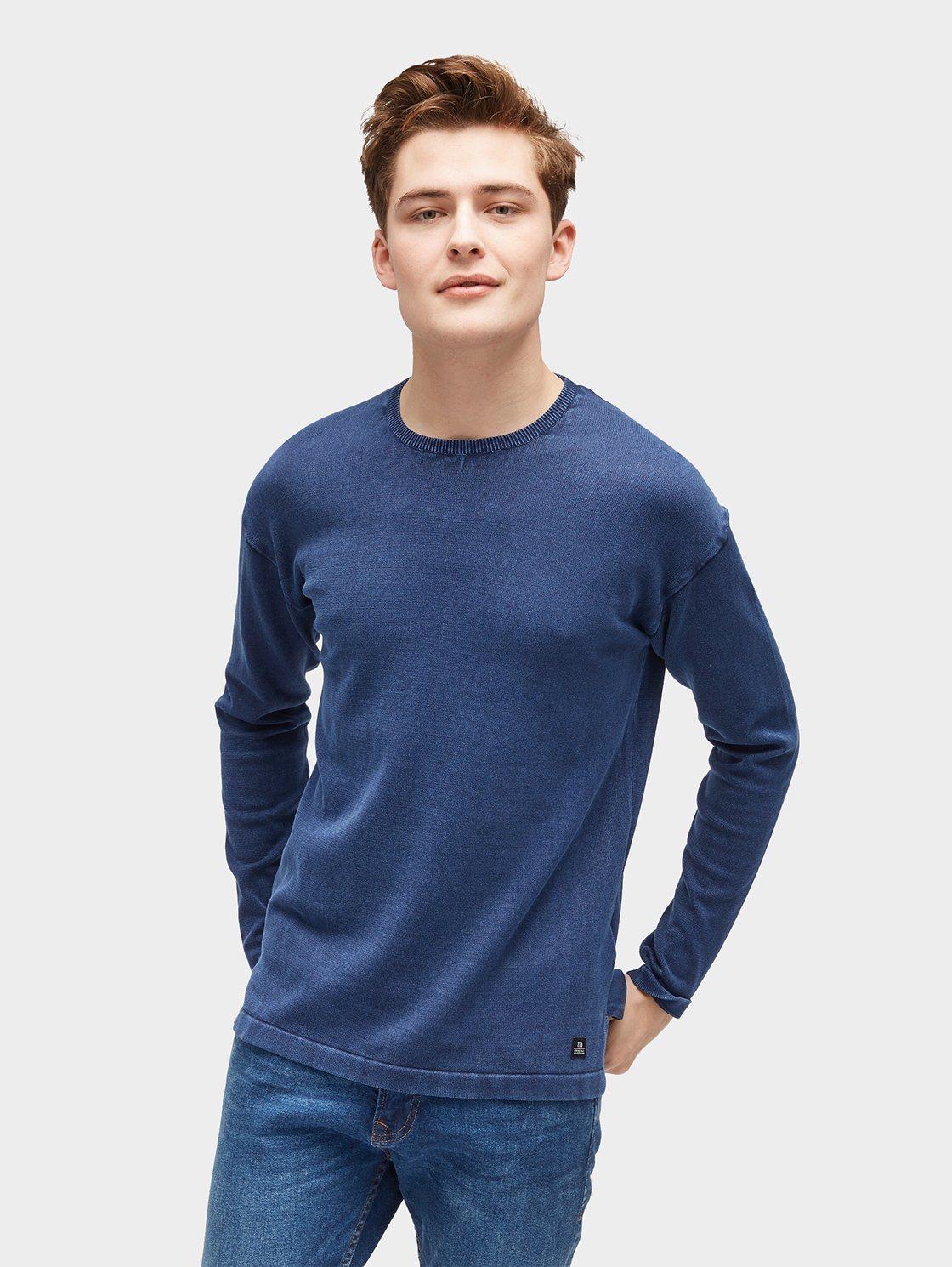 dunkelblauer Pullover mit einem Rundhalsausschnitt von Tom Tailor Denim