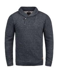 dunkelblauer Pullover mit einem Schalkragen von BLEND