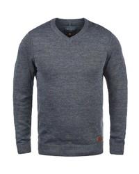 dunkelblauer Pullover mit einem V-Ausschnitt von BLEND