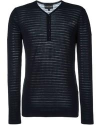 dunkelblauer Pullover mit einem V-Ausschnitt von Emporio Armani