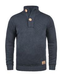 dunkelblauer Pullover mit einem zugeknöpften Kragen von Solid