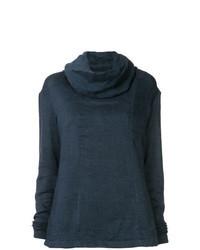 dunkelblauer Pullover mit einer weiten Rollkragen