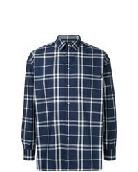 dunkelblaues Langarmhemd mit Schottenmuster von GUILD PRIME
