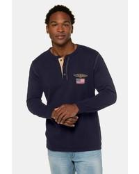 dunkelblaues Langarmshirt mit einer Knopfleiste von JP1880
