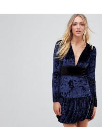 dunkelblaues Samt Etuikleid von Vero Moda Tall