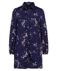 dunkelblaues Shirtkleid mit Blumenmuster von Fashion Union