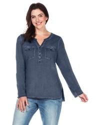 dunkelblaues T-shirt mit einer Knopfleiste von SHEEGO CASUAL