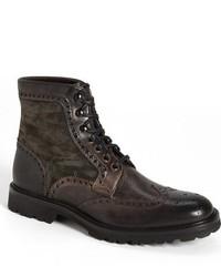 dunkelbraune Brogue Stiefel aus Wildleder