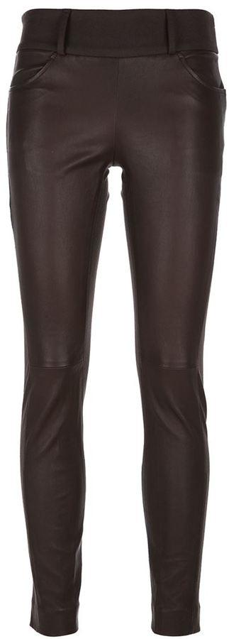 dunkelbraune enge Hose aus Leder von Brunello Cucinelli
