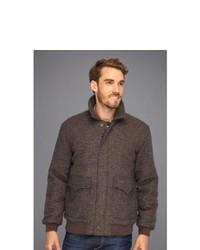 dunkelbraune Jacke mit einer Kentkragen und Knöpfen mit Schottenmuster