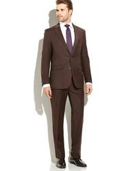 dunkelbrauner Anzug
