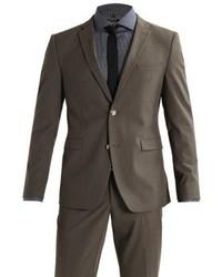 dunkelbrauner Anzug von Esprit