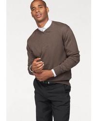 dunkelbrauner Pullover mit einem V-Ausschnitt von CLASS INTERNATIONAL