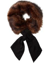 dunkelbrauner Schal