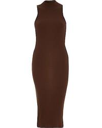 dunkelbraunes figurbetontes Kleid