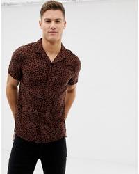 dunkelbraunes Kurzarmhemd mit Leopardenmuster