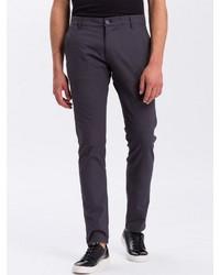dunkelgraue Chinohose von Cross Jeans