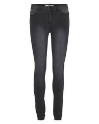 dunkelgraue enge Jeans von Vero Moda