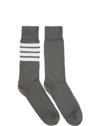dunkelgraue horizontal gestreifte Socken von Thom Browne