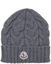 dunkelgraue Mütze
