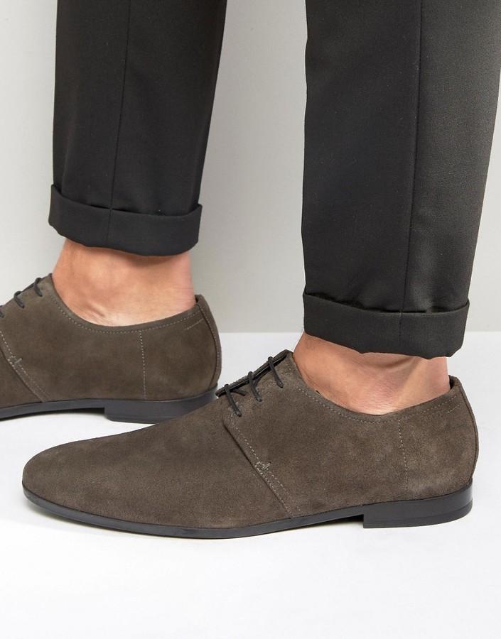 new concept acaee 794e2 €245, dunkelgraue Wildleder Derby Schuhe von Hugo Boss